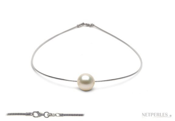 Freshadama Freshwater Pearl on Sterling Silver Cable Chain
