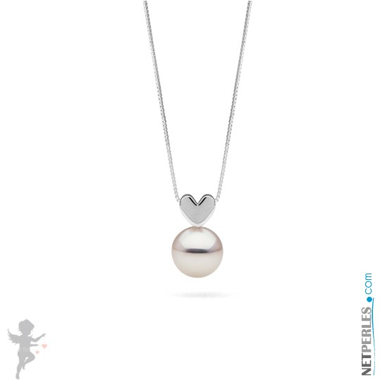 White Freshadama Freshwater Pearl Pendant on Sterling Silver