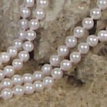 18-inch Double-Strand Akoya Pearl Necklace 6-6.5 mm