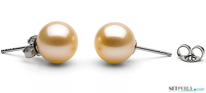 Freshwater Pearl Stud Earrings 9-10 mm round AAA Pink to Peach