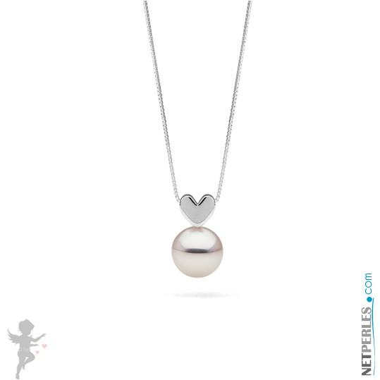 White Freshadama Freshwater Pearl Pendant on Sterling Silver