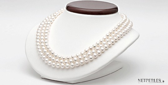 Triple Strand Freshwater Pearl Necklace 7-8 mm white