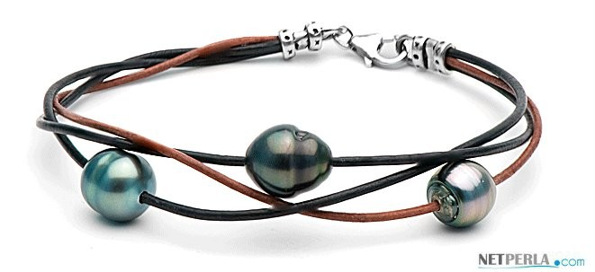 Leather Bracelet with 3 Tahitian Baroque Pearls