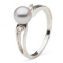 Diamond and Akoya Pearl Ring 6-6.5 mm AAA